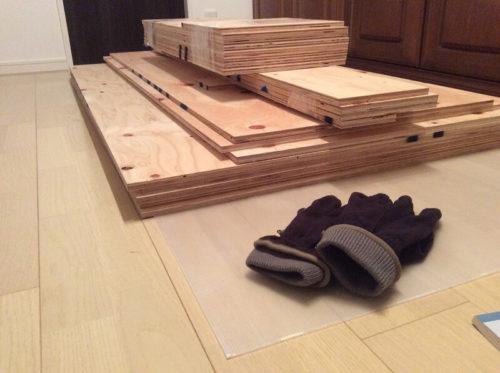 養生プラダンと木材