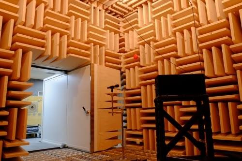 無響室の例