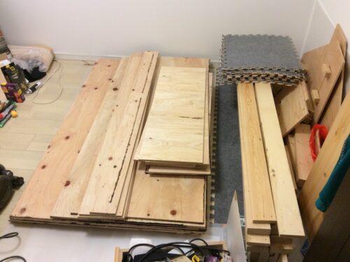 解体後整理した木材
